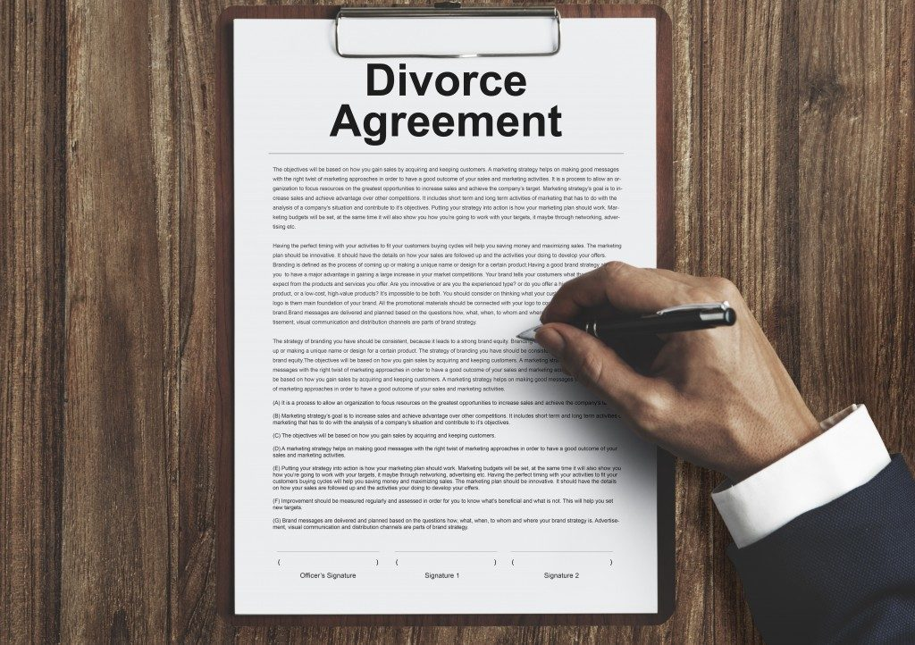 divorce agreement document